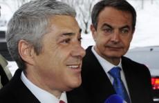 Euro rallies after Spain offloads new bonds