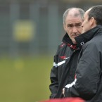 Mickey Harte speaks with Brian Dooher during Tyrone's game with Donegal yesterday in Edendork.<span class=