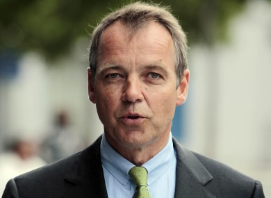 Aer Lingus chief executive Christoph Mueller has said the airline's 2011 results will struggle to match the profits of 2010.