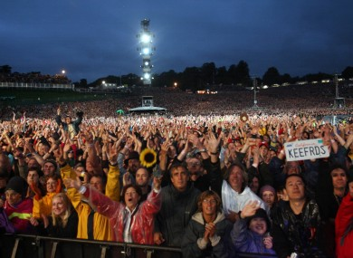 The crowd at Slane Castle in 2007