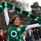 Ireland fan Shona McCambridge shows her colours. <span class=