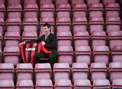 New signing Keith Gillespie is unveiled by Longford Town yesterday.