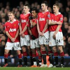 Manchester United's Paul Scholes, Michael Carrick, Nani, John O'Shea and Darren Fletcher line up for a defensive wall in the 2-1 defeat to Chelsea on Tuesday night.<span class=