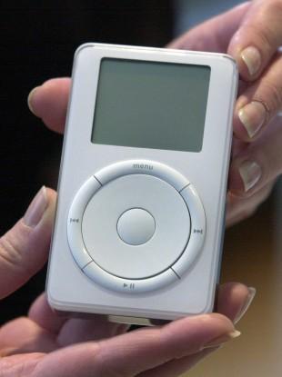 Retro: The original iPod back in 2001.