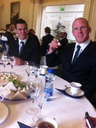 Jonny Sexton (left) and Paul O'Connell enjoy afternoon tea at Áras an Uachtaráin.