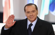 Berlusconi uses Facebook to deny resignation rumours
