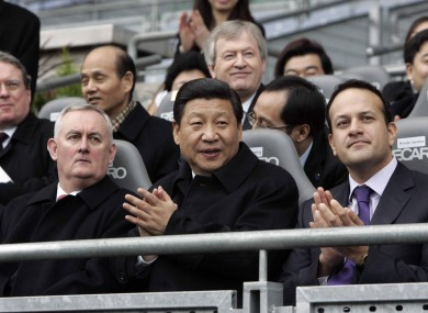 Xi with GAA president Christy Cooney (left) and Transport Minister Leo Varadkar at Croke Park yestderday.