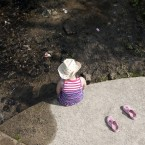 Seven-year-old Chloe Murphy cools her feet in the River Blackwater in Co Wexford. Image: Eamonn Farrell/Photocall Ireland