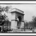 Casket of former mayor of New York City John Purroy Mitchel on wagon at Washington Memorial Arch, 1918. (Library of Congress, Prints & Photographs Division)