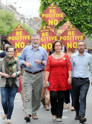 Gerry Adams on O'Connell Street this afternoon with Senator Kathryn Reilly, Mary Lou McDonald TD and Eoin O Broin.