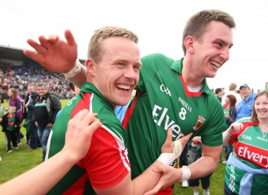 Barry Moran (right) with Mayo captain Andy Moran.