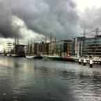 This very atmospheric photo of the cloud-covered docklands was submitted by reader @conkennedy.