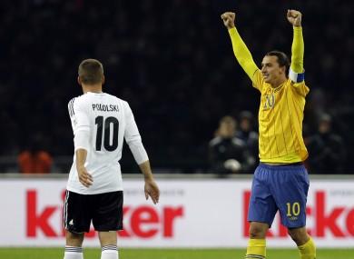 Zlatan Ibrahimovic celebrates the result.