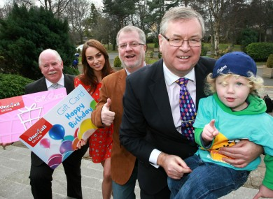 Broadcaster Joe Duffy (right) and Dylan Gray (2) were on hand to help get the initiative off the ground. Helping them were Michael Dawson, CEO, One4all, Professor Owen Smith, Our Lady's Hospital and model Daniella Moyles.