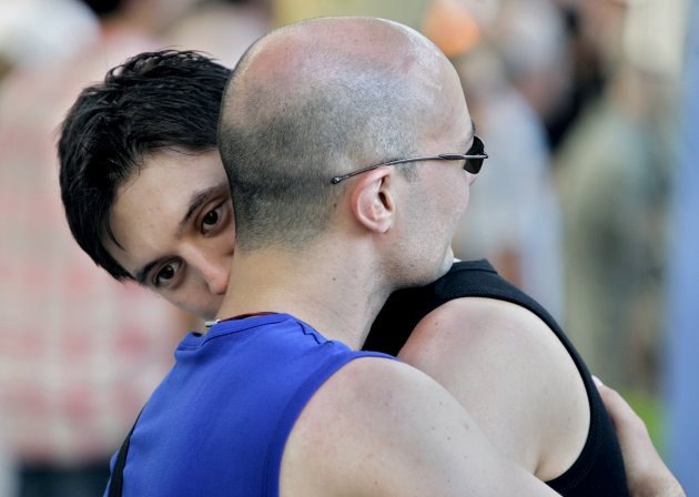 spain passes gay marriage