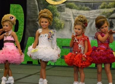 child-beauty-pageant-ireland-4-390x285.jpg