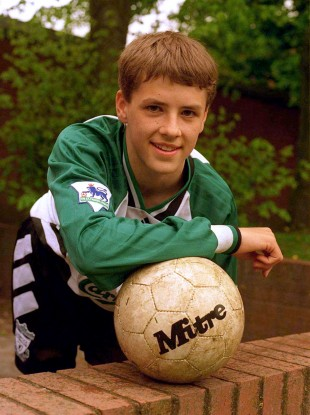 A 14-year-old Michael Owen in full Liverpool kit.