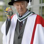 Heaney in the grounds of University College Dublin where he was presented with the Ulysses medal, the highest honour that the university can bestow. <span class=