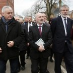 Brendan 'Bik' McFarlane, Alex Maskey and Gerry Adams follow Fr Alec Reid's hearse<span class=
