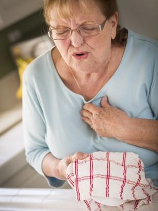 woman-heart-attack-310x415.jpg