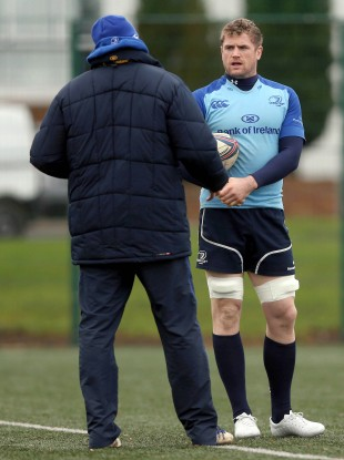Toulon target Jamie Heaslip speaking with f