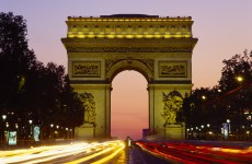 'Drunk' man arrested for trying to extinguish Arc de Triomphe flame