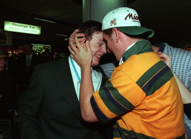 O'Driscoll is welcomed back to Dublin Airport.