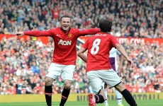 Rooney bails Moyes out after plane protest