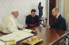The Pope, Russia and America are all calling for efforts to de-escalate Ukraine crisis