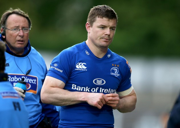 Brian O'Driscoll goes off injured