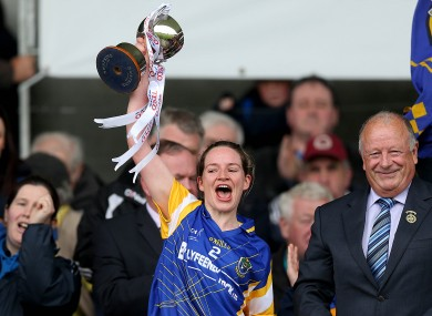 Roscommon captain Feena Beirne lifts the cup.