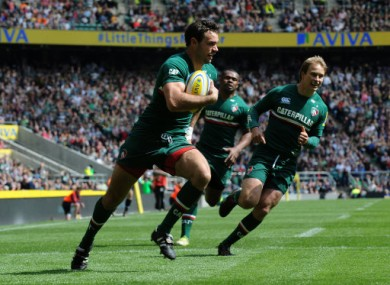 Morris runs in to score the opening try of the 2013 Aviva Premiership final.