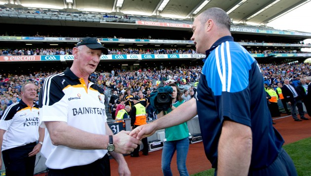 Anthony Daly and Brian Cody shake hands after the game