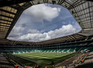 Twickenham has an 82,000 capacity.