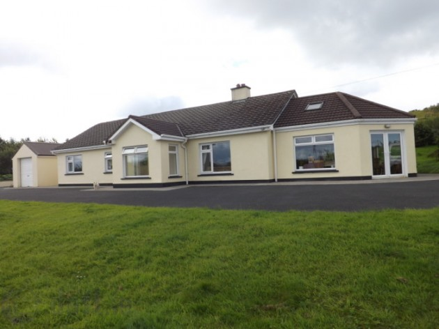 What else could i get for the 250k pricetag on this for Westport ireland real estate