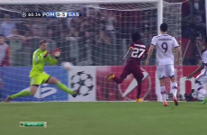 HOW HOW HOW did Manuel Neuer save this?