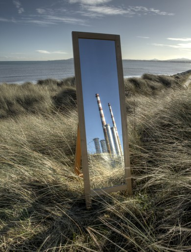 People are loving this photographer's clever mirror image of Poolbeg towers