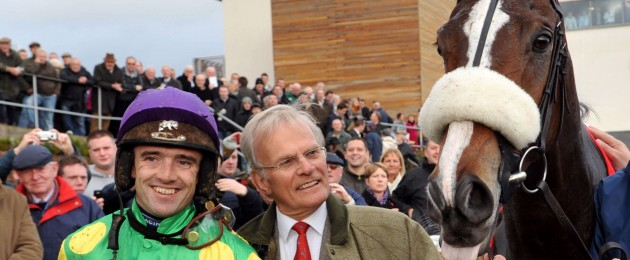 Ruby Walsh with the legendary Kauto Star and owner Clive D. Smith.