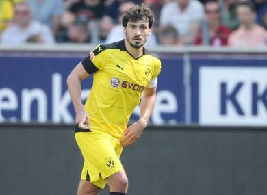 Borussia Dortmund captain Mats Hummels is set to join the club's bitter rivals Bayern Munich this summer.