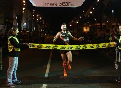 Ciobanu wins the Samsung Night Run in 2014.