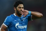 Hulk expected to earn �20m per year after completing mega move to Shanghai