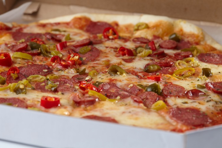 Man Awarded 31000 After Biting Into Piece Of Metal On Dominos Pizza