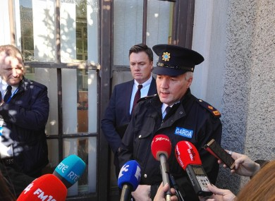 Superintendent Patrick McMenamin speaking to reporters at Kevin Street Garda Station earlier today.
