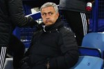 Mourinho fumes at media double standards