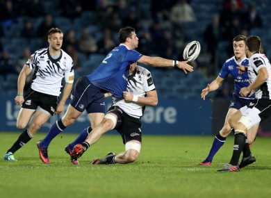Henshaw offloads to Ringrose during the demolition of Zebre.
