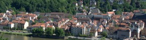 3 injured after car ploughs into pedestrians in Germany
