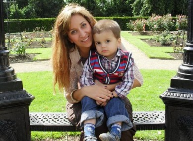 Missing woman Esra Uyrun with her son Emin.