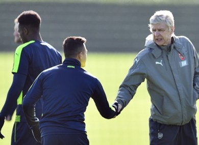 Arsene Wenger claims there was no bust-up involving Alexis Sanchez, contrary to newspaper reports.