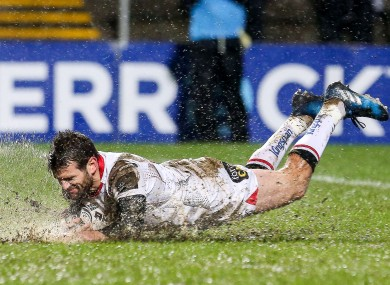 Jared Payne touches down for Ulster.