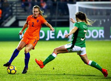 Dutch defender Desiree van Lunteren and Ireland's Harriet Scott.